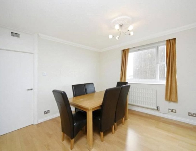 Apartment to rent in St. Johns Wood Road view2