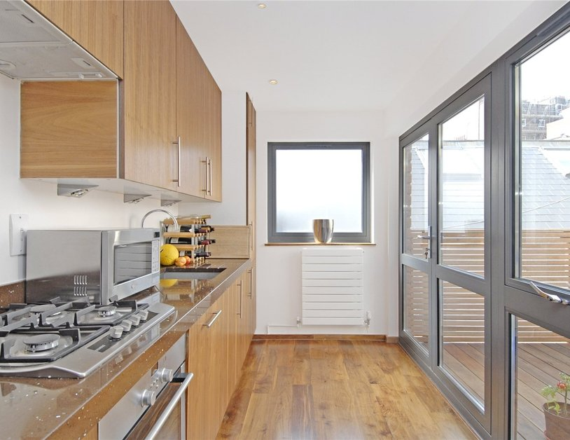 Apartment to rent in Thayer Street view2