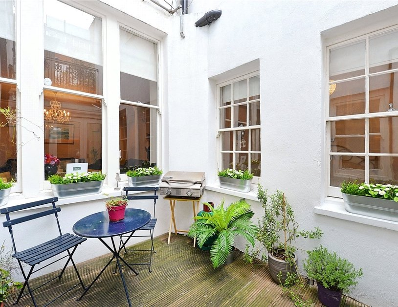 Apartment to rent in Upper Wimpole Street view3