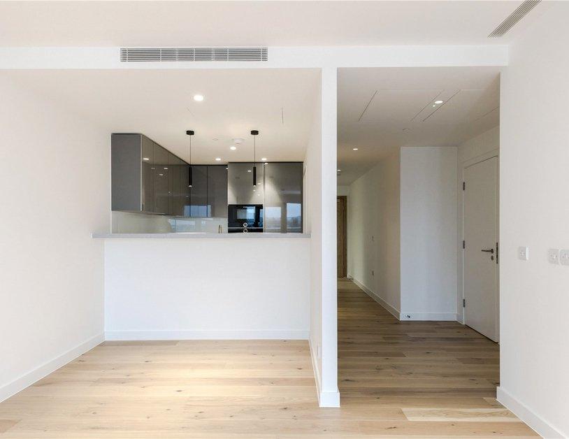 Properties to rent in Vauxhall Bridge Road view9
