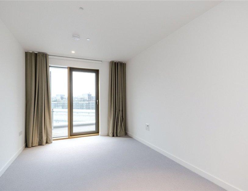 Properties to rent in Vauxhall Bridge Road view12