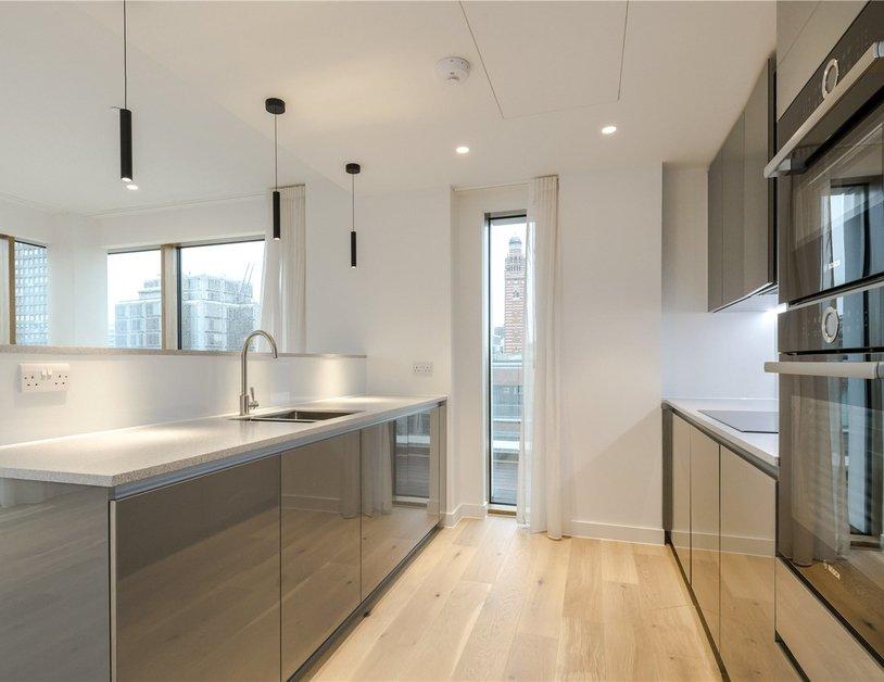 Apartment to rent in Vauxhall Bridge Road view2