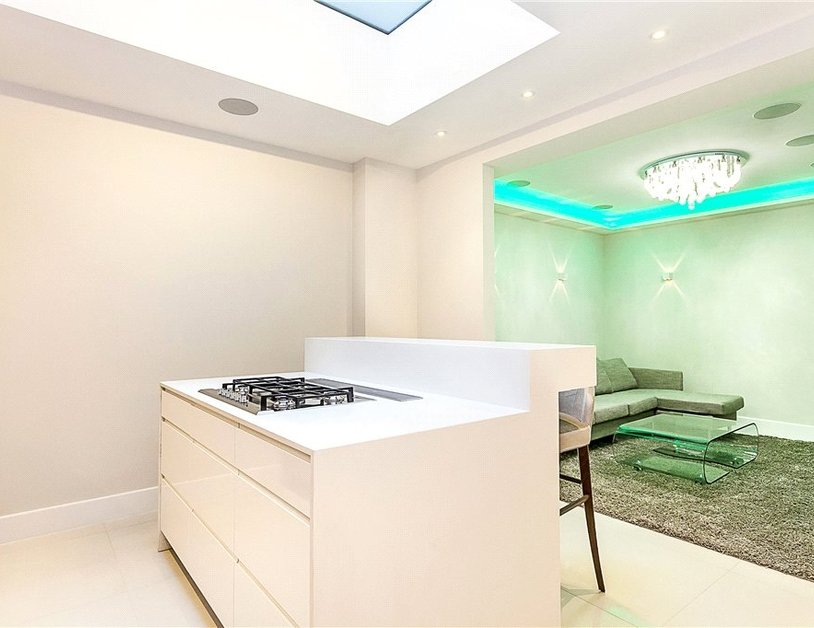 Apartment to rent in Westbourne Gardens view7