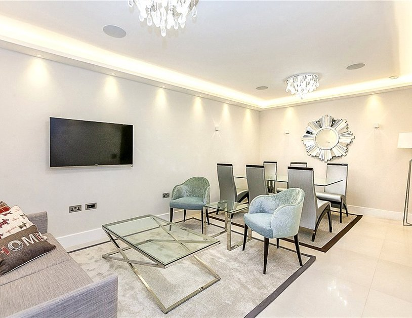 Apartment to rent in Westbourne Gardens view1