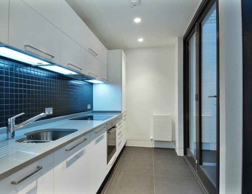 Studio Flat to rent in Weymouth Street view3