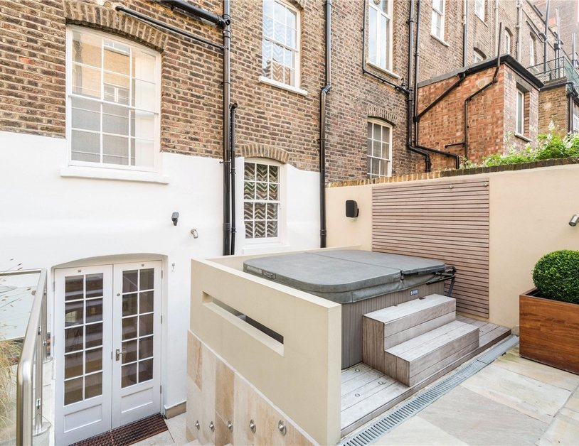House to rent in Wyndham Street view17