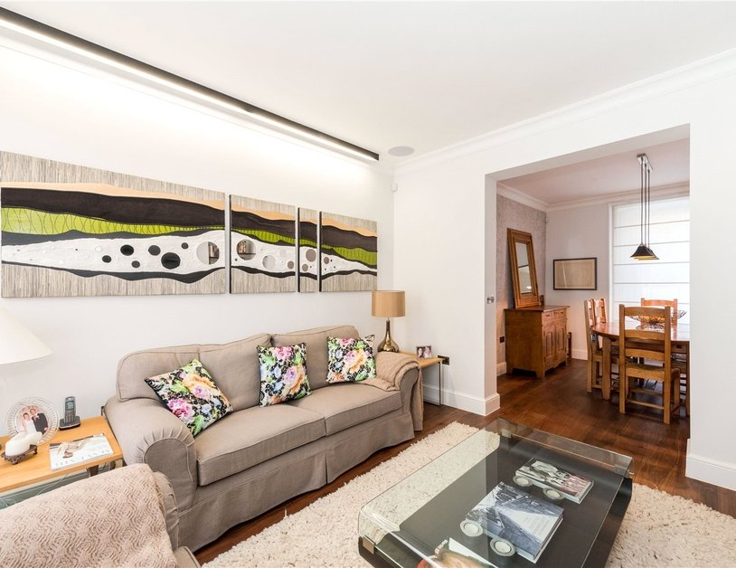 House to rent in Wyndham Street view4