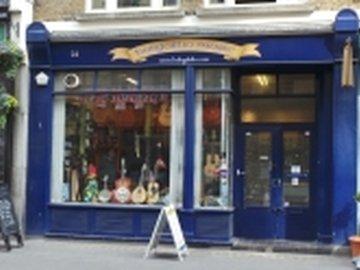 Our neighbourhood fitzrovia shop hobgoblin_kayandco_small