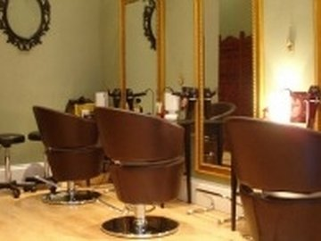 Our neighbourhood hyde park live fe hair kayandco_small