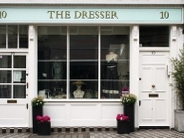 Our neighbourhood hyde park shop the dresser kayandco_small