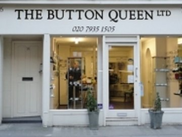 Our neighbourhood hyde park shop the button queen kayandco_small